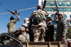 Al-Qaeda seizes south Yemen army camp, 7 dead