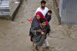 Flood alerts issued in Kashmir as rivers cross danger mark