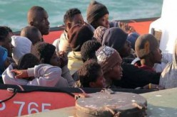 Up to 400 migrants died in boat capsize off Libya: survivors