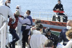 Survivor: Smugglers locked hundreds in hold of capsized boat