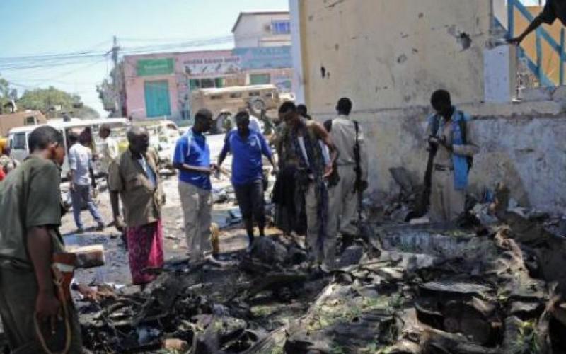 Somali Shebab kill 15 in education ministry attack