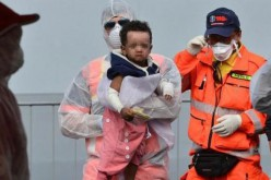 Around 40 migrants drown in sinking off Italy: NGO