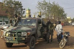 Mali : 3 killed, 3 injured in hotel siege