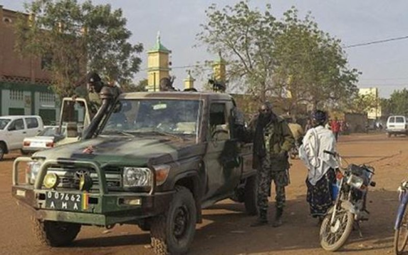 Mali : 3 killed, 3 injured in hotel siege