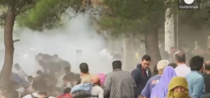 'Tear gas and stun grenades': Migrants under fire in FYR Macedonia
