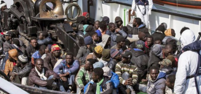 Greek : Calls for more solidarity with refugees