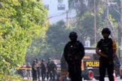 Indonesia: 9 dead and 40 injured in attacks on churches