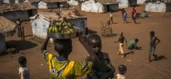 Renewed fighting in northern Mali forces 57,000 to flee their homes
