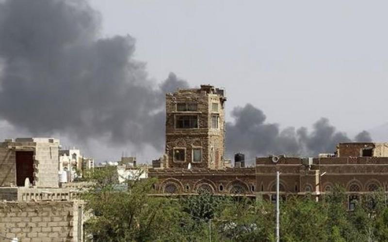 Saudi airstrikes kill five in northwestern Yemen as ground invasion begins